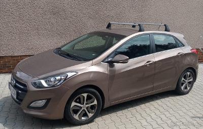 Střešní nosič příčníky na Hyundai i30, použité 2x, jak nové