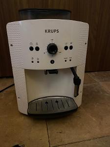 Krups- automatický kávovar na zrnkovou kávu - čtěte popis