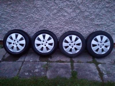 """ALU kola 15"""" Prodám včetně pneu 4x100"""